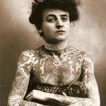 1907 - Maud Wagner, la prima nota tatuatrice donna, ha anche ricoperto il proprio corpo di tatuaggi